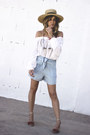 Light-blue-stradivarius-shorts-maroon-mango-sandals-white-hm-blouse