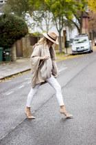 white Zara jeans - beige Zara scarf - beige Massimo Dutti cape