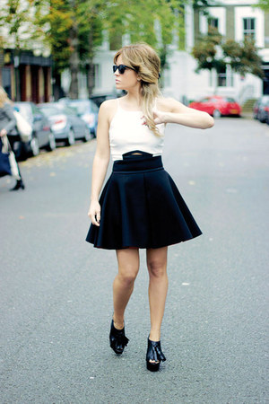 black H&M skirt - black Zara heels - white Topshop top