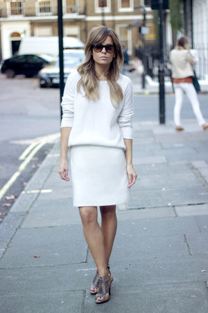 white COS sweater - crimson ray-ban sunglasses - tan Zara heels