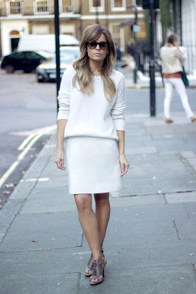 white COS sweater - crimson ray-ban sunglasses - tan Zara heels