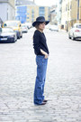 Brick-red-h-m-boots-navy-levis-jeans-maroon-h-m-hat