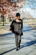 black Pendleton hat - shoes - black Aritzia blazer - black Uniqlo cardigan
