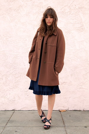 navy Vintage thrifted dress - brown wool Vintage thrifted coat - white tote E &