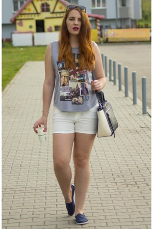navy Atmosphere shoes - navy Stradivarius bag - white Vero Moda shorts