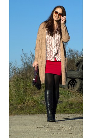 camel long Vero Moda cardigan - black long Deichmann boots