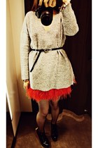 heather gray Zara sweater - red Zara skirt