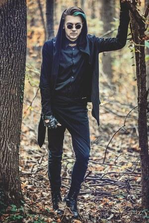 black H&M boots - black H&M jeans - black H&M shirt - black H&M hoodie