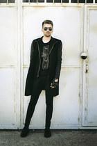 black Kotton shoes - black pull&bear jeans - black Zara jacket