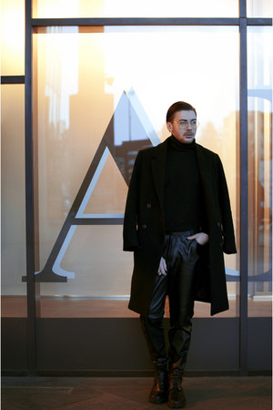 black boots - black H&M coat - black pants - black Hugo Boss top