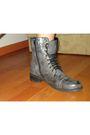 Gray-kenji-dress-gray-boots