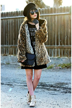 nude Forever 21 boots - black cotton Too Ugly for LA dress - black felt Vans hat