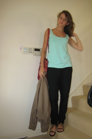 Miss Shop top - Honey & Beau pants - urban originals accessories - my Pet sQuare