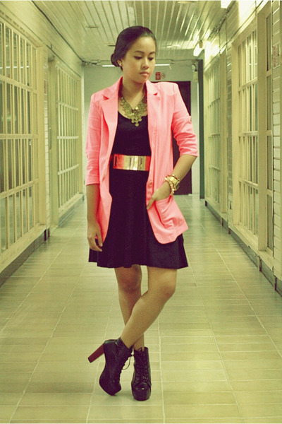 hot pink neon Paint Me Colourful blazer - black H&M dress