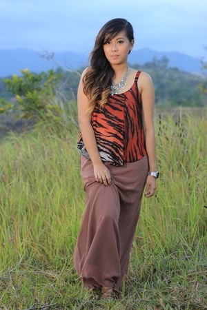 brown maxi skirt Forever 21 skirt - burnt orange animal print la moda top