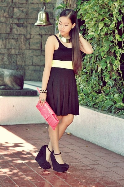 black H&M dress - hot pink Paint Me Colourful bag