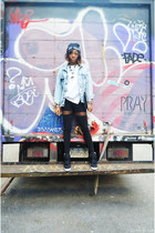 black beanie Living Royal hat - light blue denim jacket Levis jacket