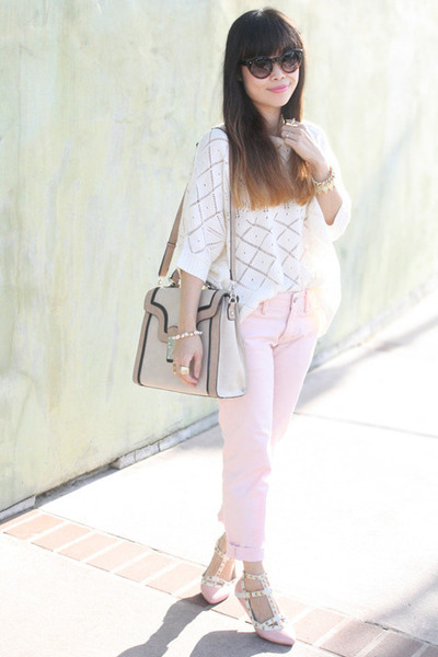 white f21 top - light pink boyfriend jeans Gap jeans