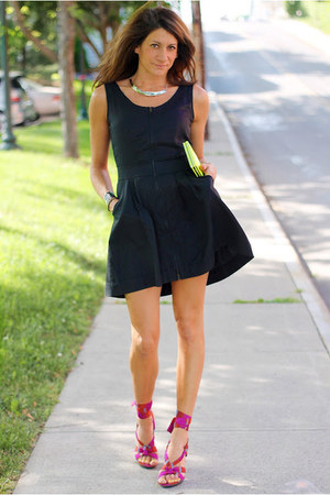 Kenneth Cole heels - black Diesel dress - yellow bag