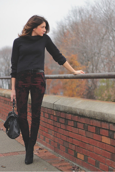 H&M sweater - crimson c-o Dorothy Perkins pants