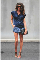 calvin klein shirt - Forever 21 shorts - Chloe heels