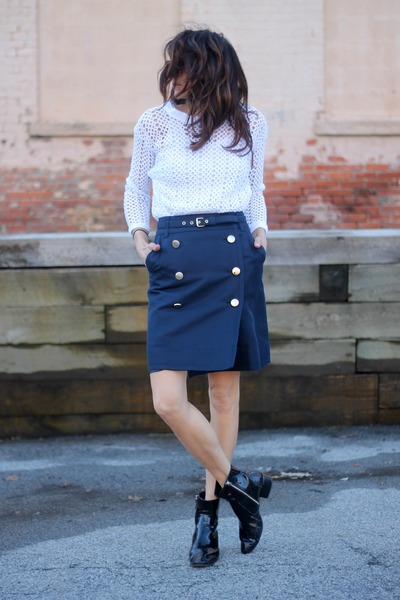 navy Marc by Marc Jacobs skirt - white vintage top