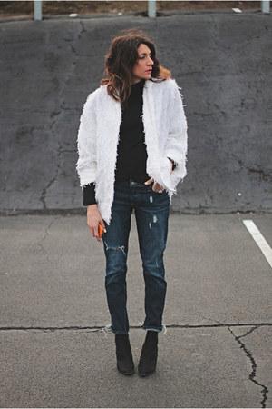 white vintage jacket - Paige jeans