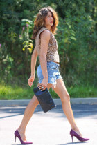 denim shorts - leopard print shirt