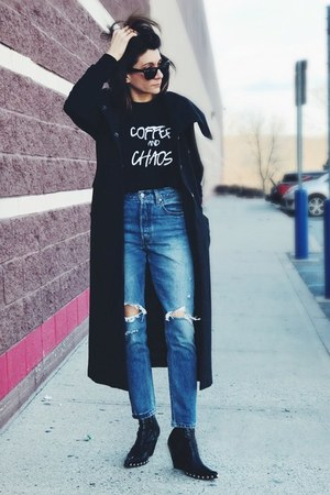 black ravel brand sweatshirt - black free people boots