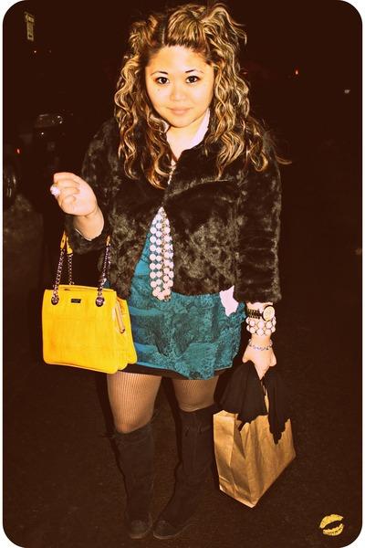 teal tiered lace Express dress - mustard kate spade bag