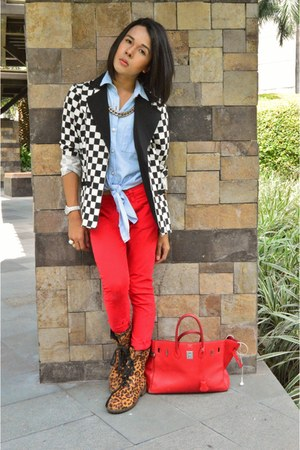 leopard S&H boots - red skinny Street Code jeans - The Ramp blazer