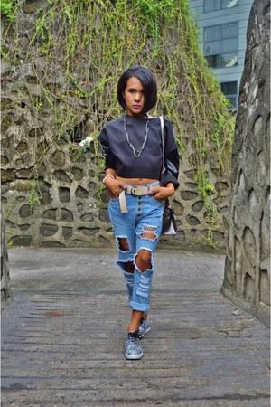 Forever 21 jeans - kelly Saint HK bag - snakeskin Aldo sneakers