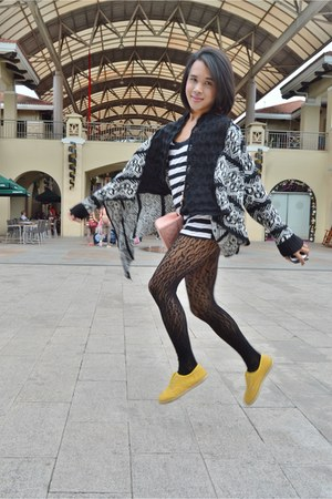yellow slip-on rubi shoes - knit kimono iCandy jacket