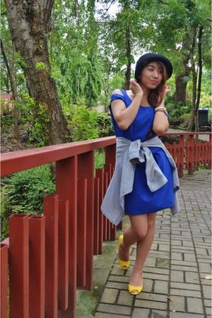 royal blue Mira Marisara dress - pearl kohls necklace - denim H&M cardigan