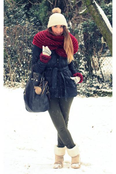 Mohito coat - Stradivarius jeans