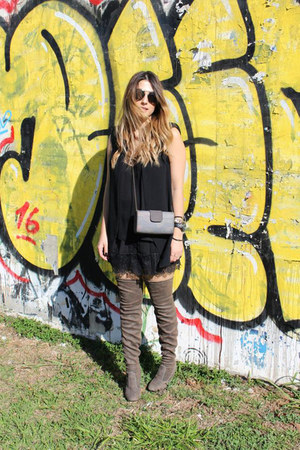 Forever 21 top - Mundial Calçados boots - Forever 21 skirt - Zara vest