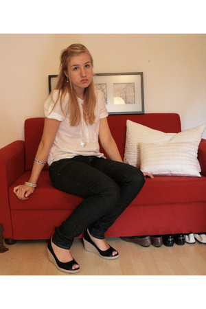 H&M blouse - Gap jeans - H&M shoes - vintage bracelet