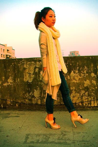 white scarf - gray top