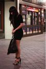 Black-h-m-dress-black-h-m-purse-black-jessica-simpson-shoes