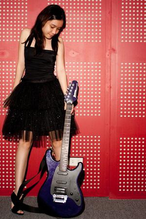 black Glitterati skirt - black Steve Madden shoes