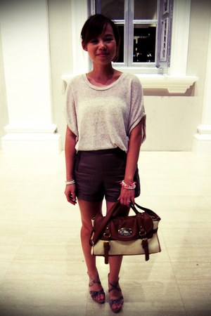 beige top - brown pleather zipped shorts