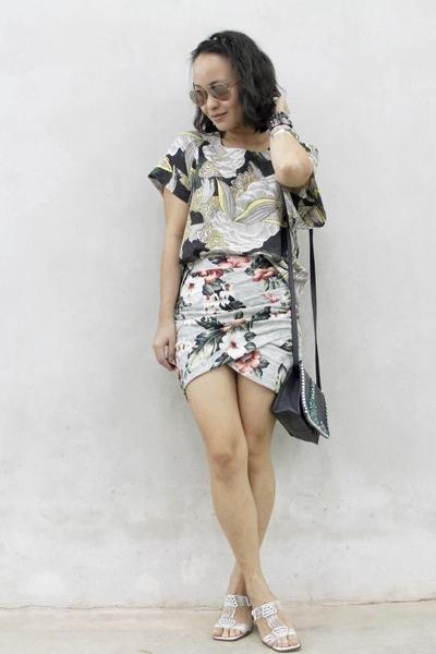 periwinkle Zara shorts - gray asos bag - forest green Femme Elegante top