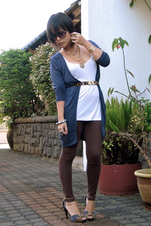 blue Fashion House cardigan - brown f21 leggings - blue Charles & Keith shoes -