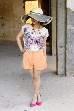 Jessica Simpson hat - H&M shorts - new look heels - MNG top