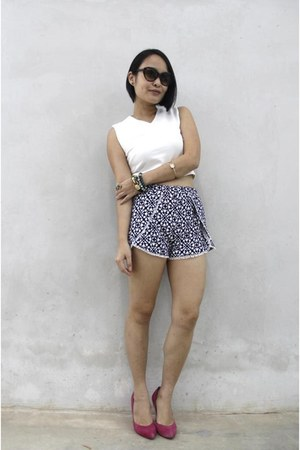 black ezra shorts - white ezra top