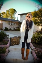 light brown Steve Madden boots - white thrifted sweater - gray Forever 21 scarf