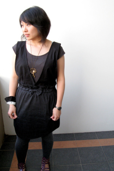 NafNaf top - Glebe Market skirt - handmade top - Magik necklace