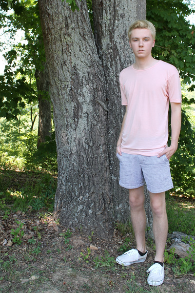 sky blue American Apparel shorts - off white canvas pop kick Old Navy shoes