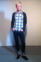 American Eagle shirt - Converse shoes - H&M jeans - American Eagle cardigan