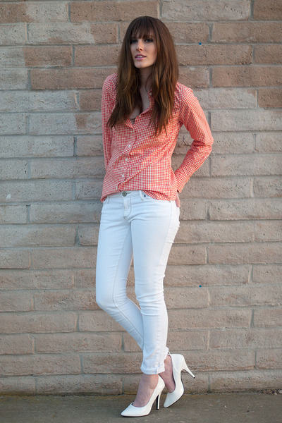 white No Boundaries pants - orange J Crew blouse - white Pleaser heels
